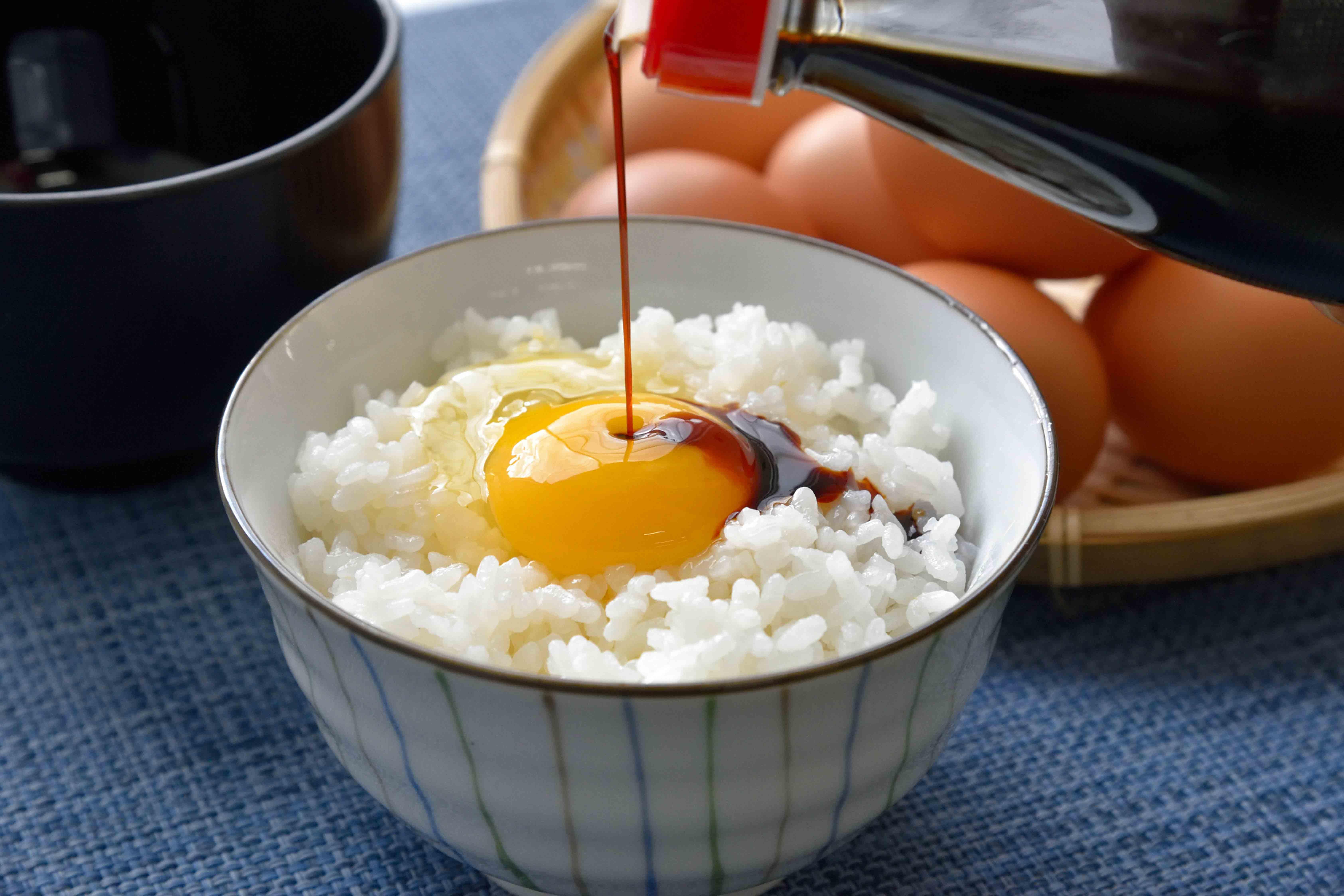 eating_raw_02